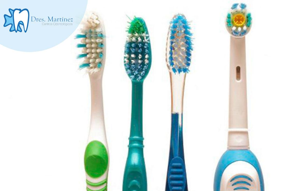 cepillos-manuales-vs-cepillo-electrico-dentistas-madrid